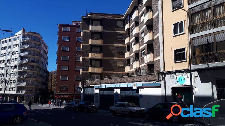 Urbis te ofrece un piso en venta en la zona de Garrido sur