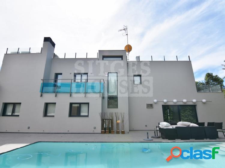 Casa exclusiva y nueva en Sitges, Vallpineda