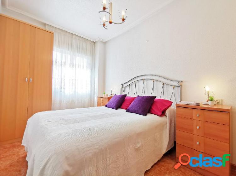 Estupendo apartamento PARA PROFESORES en Playa del Cura,
