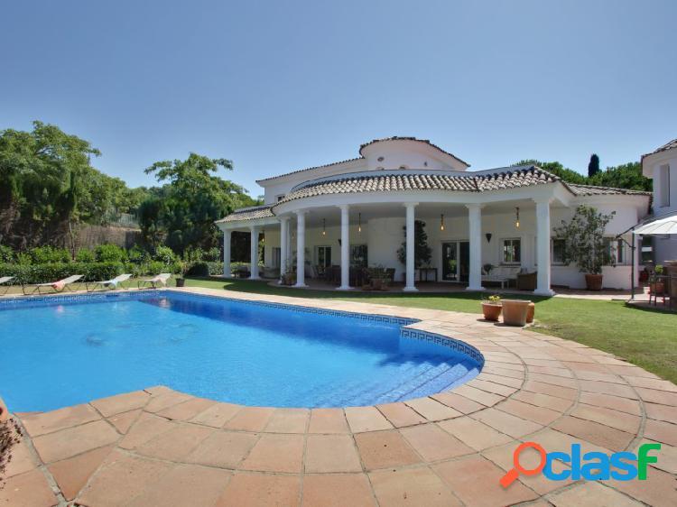Magnífica Villa de 6 dormitorios en gran parcela Sotogrande