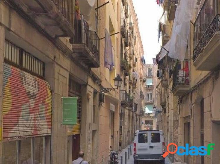 Piso en Barcelona zona Sant Antoni, 40 m. de superficie.