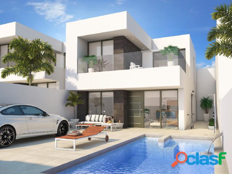 Villa de Estilo Moderno en Benijofar