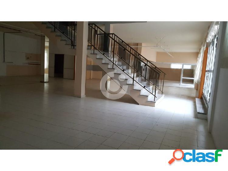 Se Vende Edificio en San Isidro de Abona