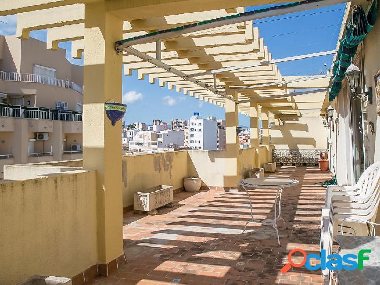 Ático en venta de 120m² en Calle Bartomeu Roselló Porcel