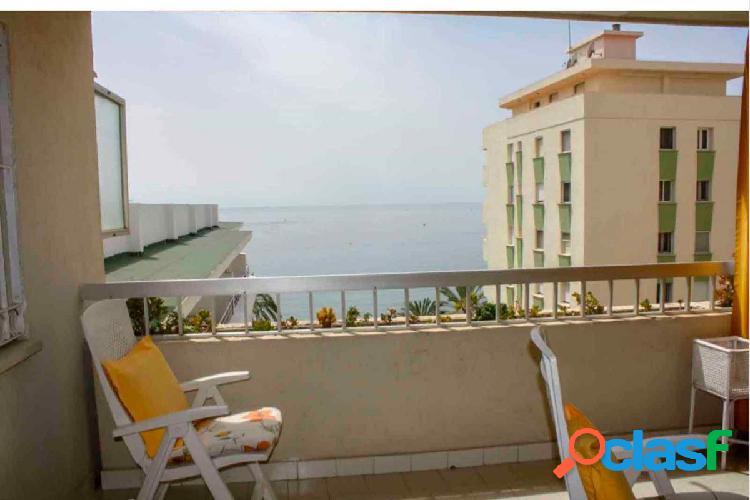 Apartamento en primera linea de paseo maritimo de Marbella