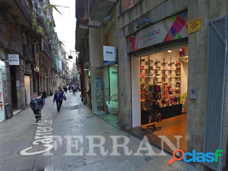 Local comercial en Calle Boters, en alquiler, Barcelona