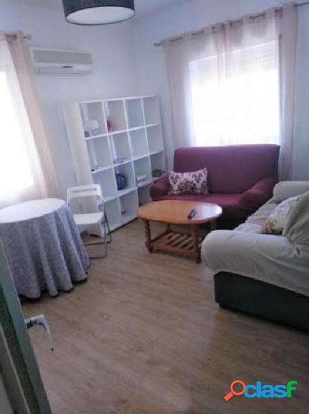 Se alquila estupendo piso para estudiantes en Murcia zona La