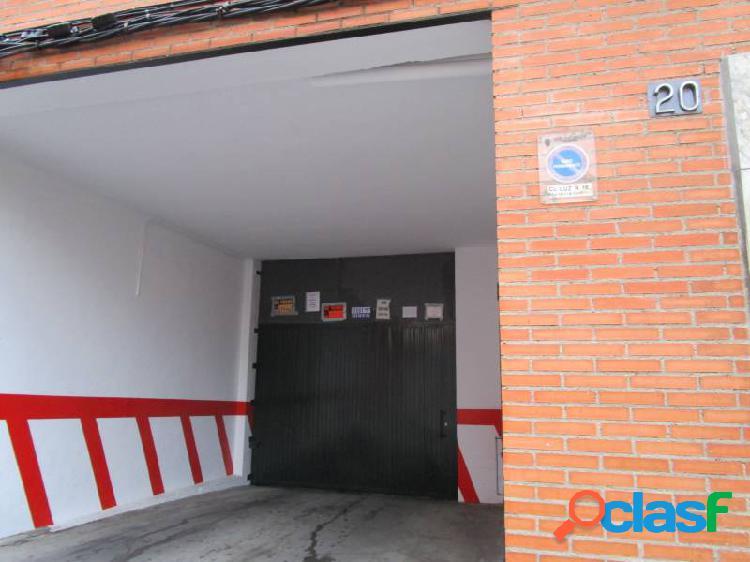 Urbis te ofrece unas plazas de garaje en Zona Pizarrales,