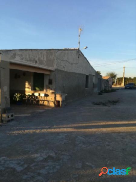 ¡¡ CHALET TIPICO DEL CAMPO DE ELCHE, MUY CERCA DE MATOLA