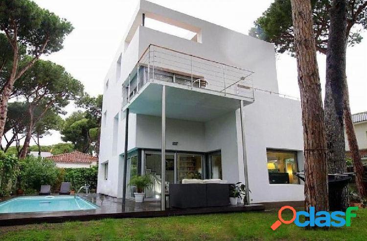 Casa en La Pineda, Castelldefels