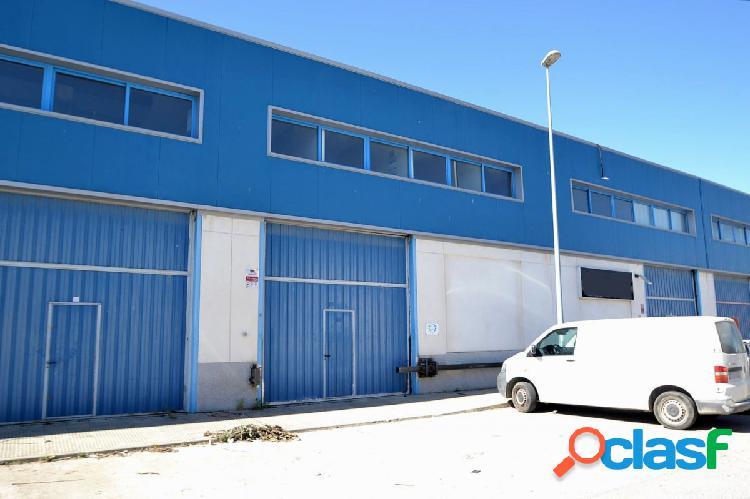 Nave industrial en venta en Santiponce, polígono El