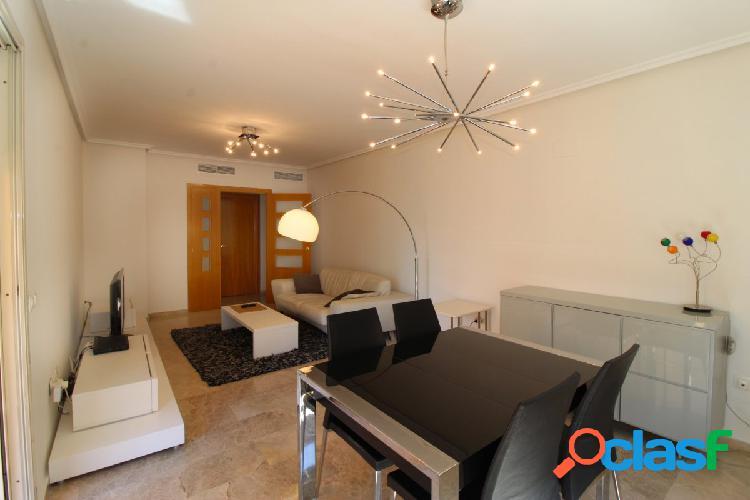 Se vende fabuloso piso en residencial en Alfahuir en