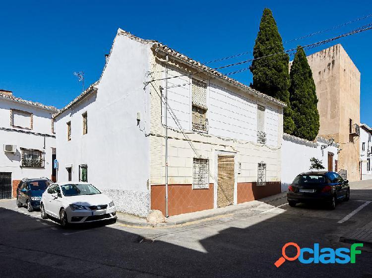Casa en venta de 230 m² en Plaza del Fuerte, 18110 Las