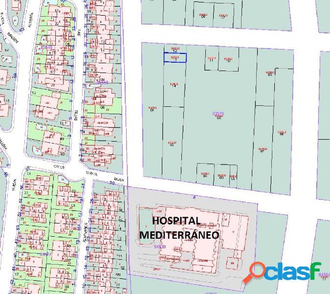 GRAN OPORTUNIDAD: SOLAR EN NUEVA ALMERÍA DE 110 m2 PARA