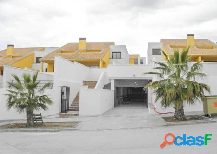 Magnífico chalet de 4 dormitorios en la urbanización