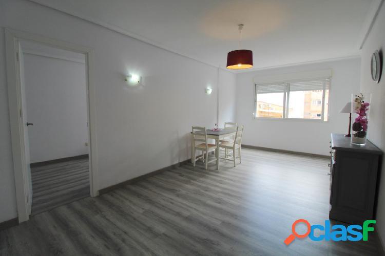 Precioso piso 2 dormitorios en el Centro de Torrevieja