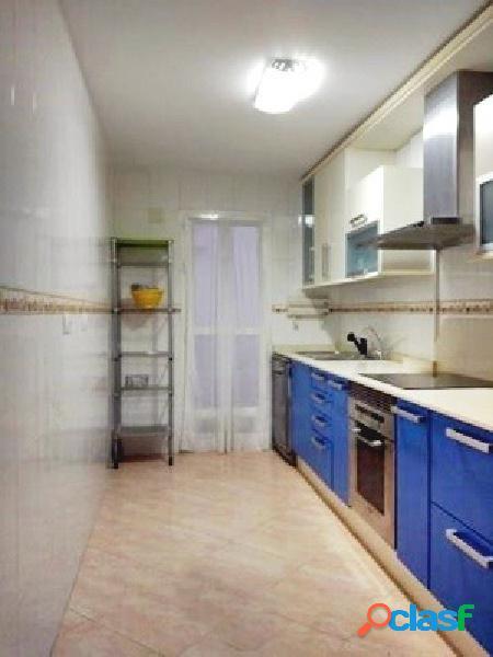 Se alquila piso céntrico en Molina de Segura