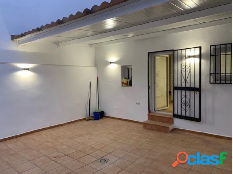 Venta de casa totalmente reformada en Armilla (Granada)