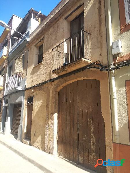 casa a la venta en el centro de Reus a reformar