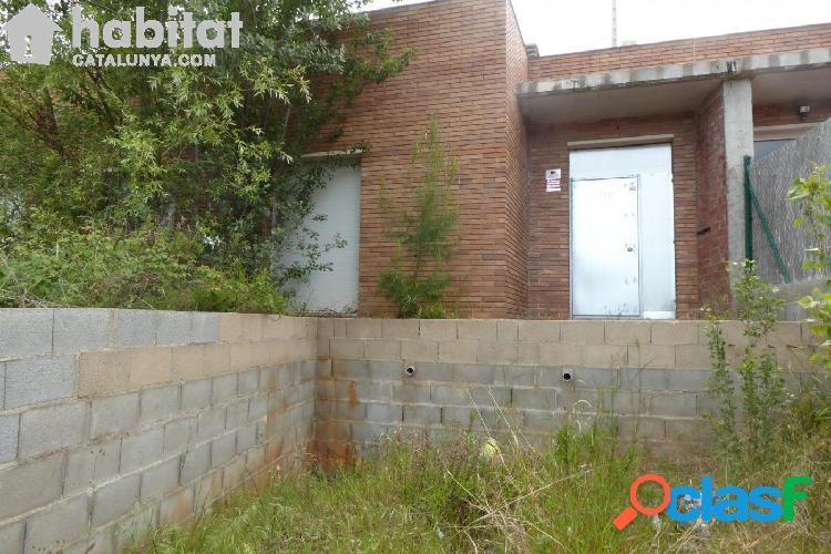 CASA EN CONSTRUCCIÓN CON PARCELA DE 513 M2 APROX