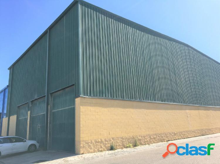 Nave Industrial en Poligono San Nicolas, Alcalá de