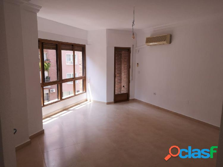 Se alquila piso en San Pedro recien reformado sin muebles