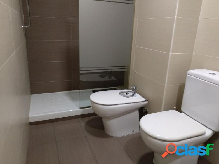 Se vende piso en Mislata de 4 hab. y dos baños