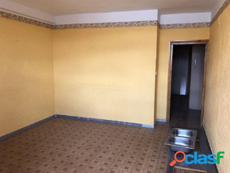 Urbis te ofrece un piso en Peñaranda de Bracamonte,