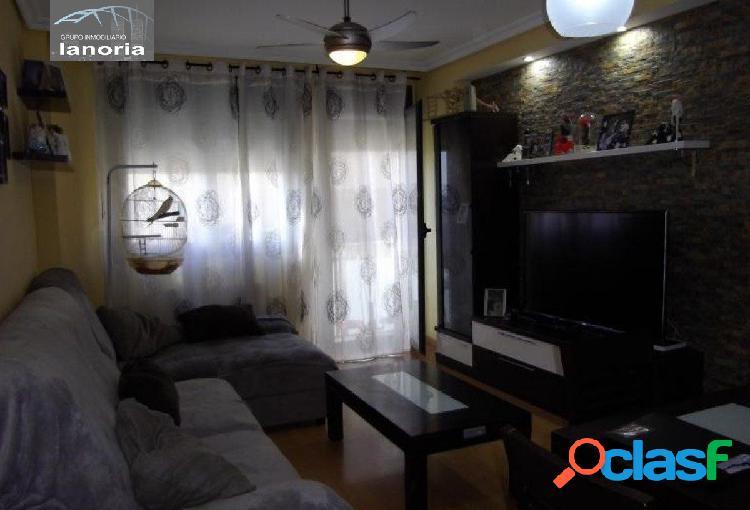 la noria vende piso de 3 dormitorios 2 baños, con la cocina