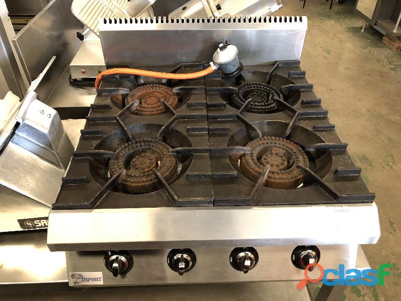 Cocina de gas de 4 fuegos