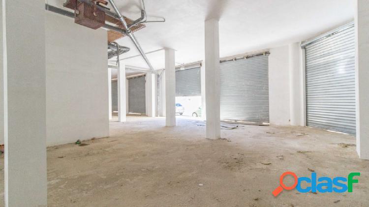 Bajo comercial en venta de 461,85 m2 de superficie útil en
