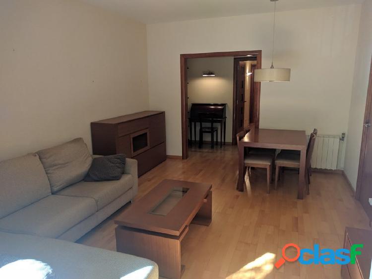 Piso 85 m2 calle Petrarca, zona Horta.
