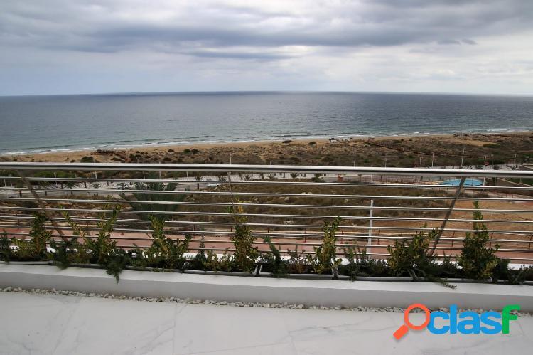 Apartamento de lujo a estrenar vistas al mar en Arenales del