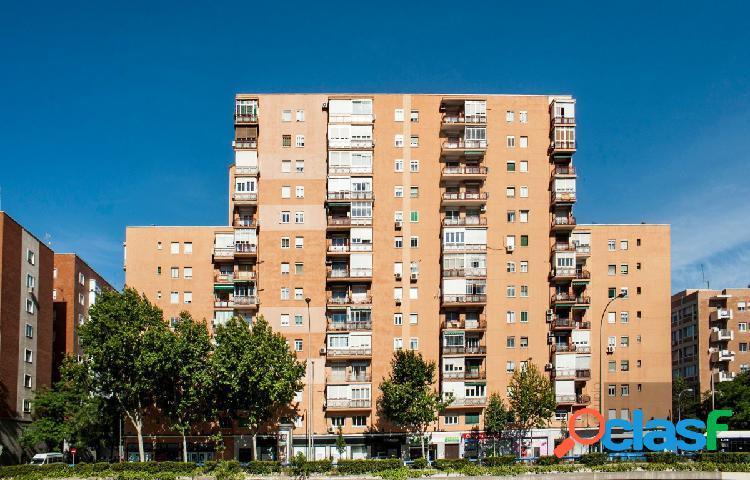 ESTUDIO HOME MADRID OFRECE piso en perfecto estado,