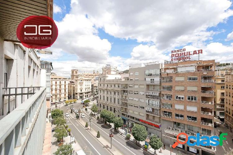 Espectacular piso en el mejor sitio de Granada, con vistas