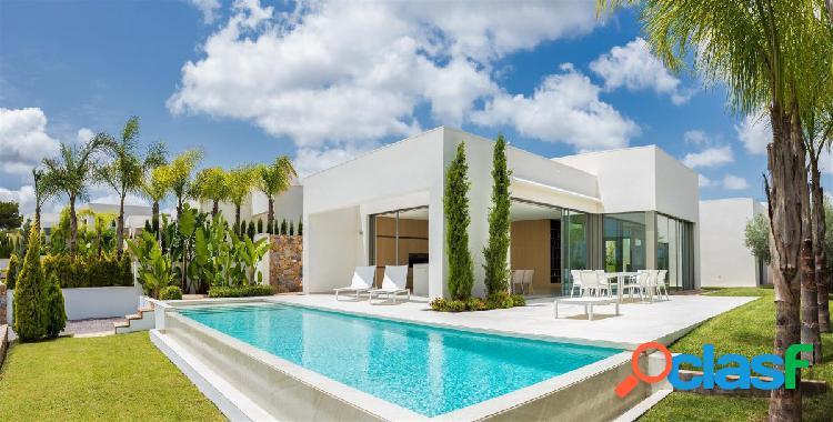La Villa Limonero es una espaciosa y lujosa casa construida