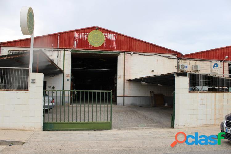 NAVE EN PLA DE LA VALLONGA, 600 METROS MÁS 150 DE PARKING