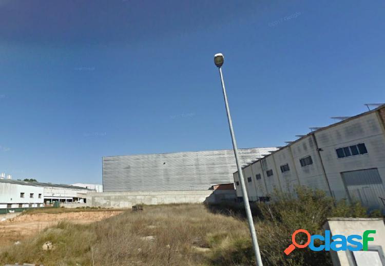 Parcela industrial en venta en L´Olleria (Valencia)