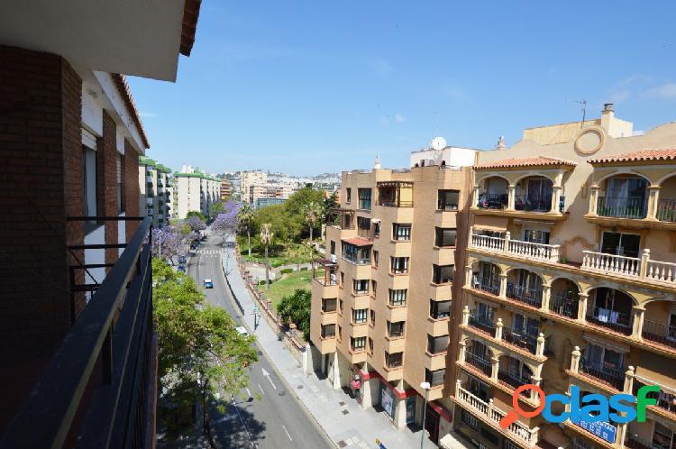 Piso en avenida la Estación (El Palo, Málaga) junto 3