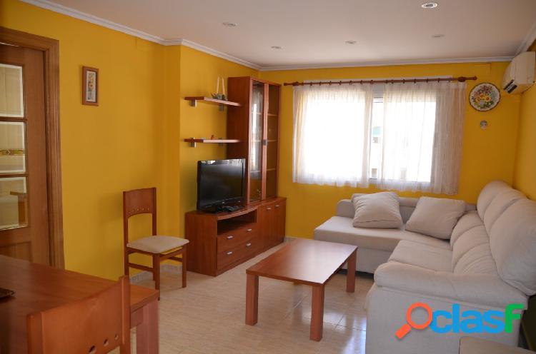 Se alquila piso de 2 habitaciones y 1 baño en Malvarrosa