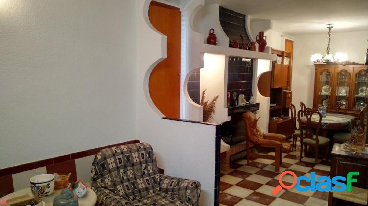 Se vende casa de pueblo REFORMADA en GORGA
