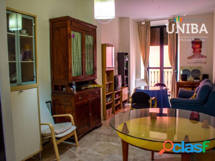 Apartamento de 1 dormitorio, con ascensor, garaje y