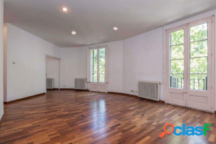 Piso en venta de 100m2 con 2 habitaciones dobles y terraza
