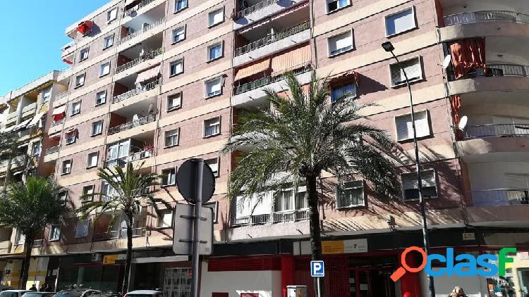 Piso en venta en Calle República De Argentina, 93, 1º 6,