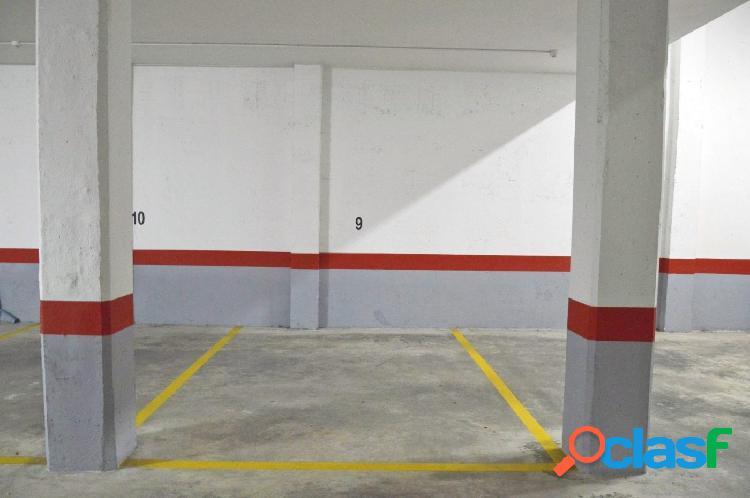 Se vende Plaza de Garaje en La Marina_Pueblo.