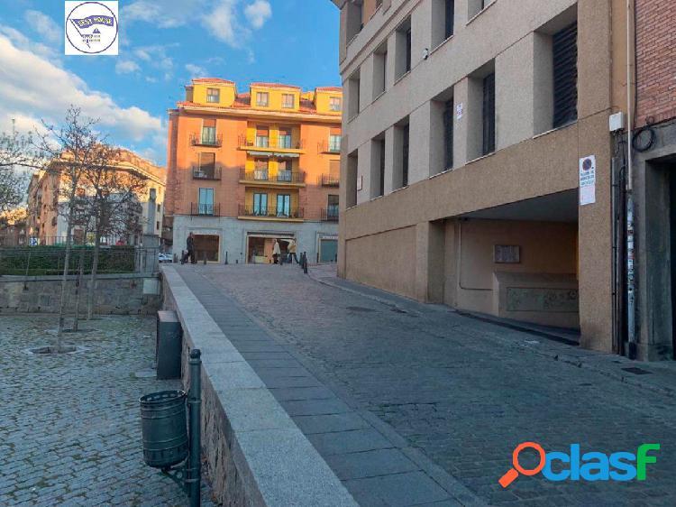6 Plazas de garaje en Avenida del Acueducto, Segovia