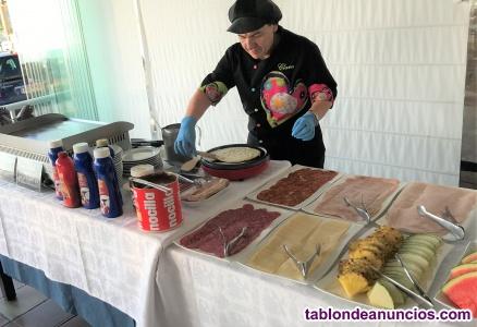 Ayudante de cocina para buffet de desayuno y comidas