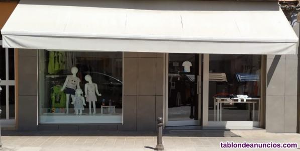 Se traspasa tienda de moda infantil y de mujer por no poder