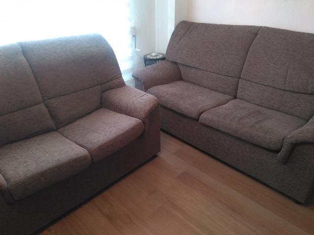 Vendo dos sofás 3+2 plazas