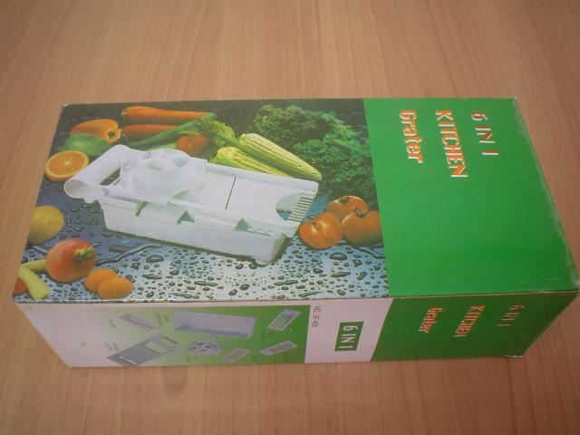 Cortador y rallador de cocina multifunción color blanco con